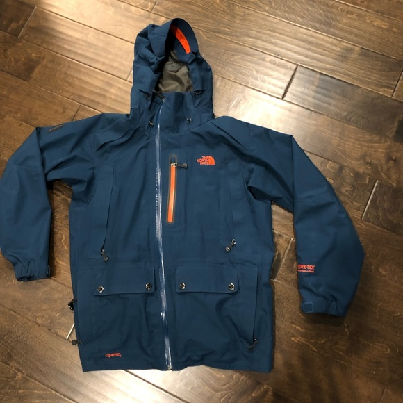 dceb295ac The North Face Cryptic Goretex Jacket with Recco